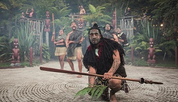 350x200_rotorua-maori-hangi-dinner.jpg